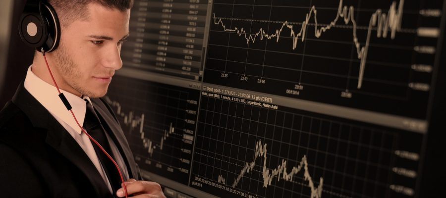 Trade Businessman Business Monitor  - geralt / Pixabay